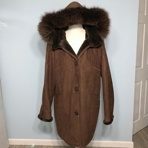GALLERY Faux Shearling Suede Coat / Large
